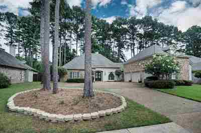 Ridgeland Single Family Home For Sale: 412 Berkshire Dr