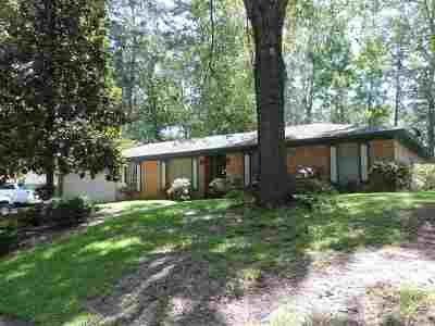 Single Family Home Contingent/Pending: 34 Crosswoods Rd