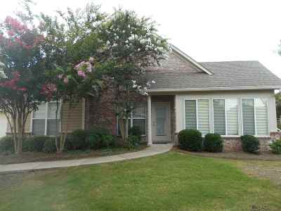 Flowood Condo Contingent/Pending: 1020 Independence Blvd