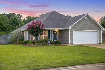 Byram Single Family Home Contingent/Pending: 504 Parker Dr