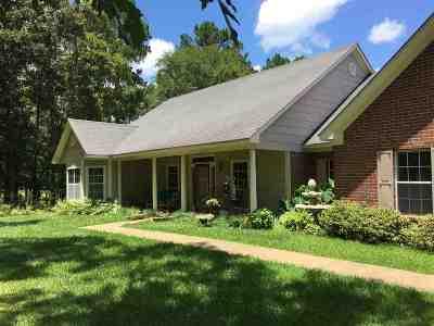 Canton Single Family Home For Sale: 178 Fox Run Rd