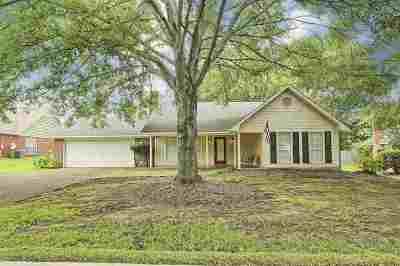 Madison Single Family Home Contingent/Pending: 970 Bradford Pt