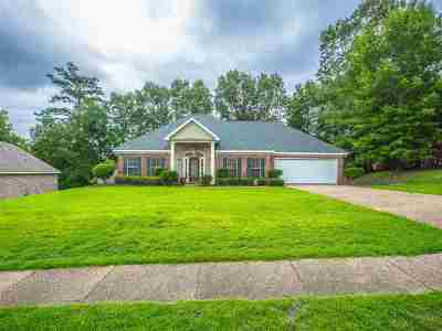 Byram Single Family Home Contingent/Pending: 415 Huntington Dr
