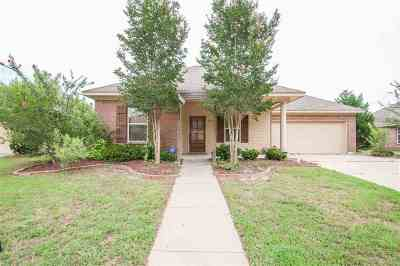 Florence, Richland Single Family Home Contingent/Pending: 613 Lexington Dr