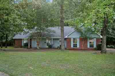 Byram Single Family Home For Sale: 929 Mountain Crest Dr