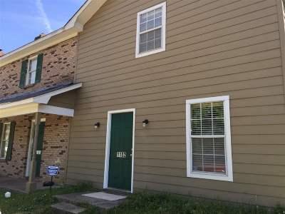 Jackson Multi Family Home Contingent/Pending: 1101-1102 Jamestown Way