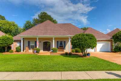 Madison County Single Family Home For Sale: 224 Woodland Brook Dr
