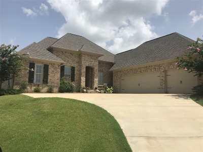 Madison Single Family Home Contingent/Pending: 116 Camden Ln