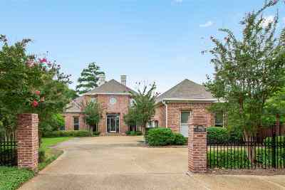 Madison Single Family Home Contingent/Pending: 305 Hastings Cv