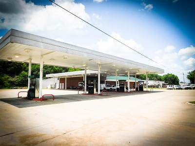 Carthage MS Commercial For Sale: $750,000