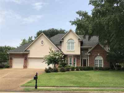 Madison County Single Family Home Contingent/Pending: 702 Northbay Dr