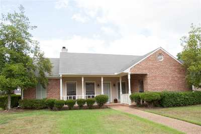 Jackson Single Family Home Contingent/Pending: 1706 Lake Trace Dr