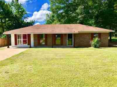 Carthage MS Single Family Home For Sale: $89,000