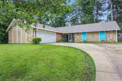 Pearl Single Family Home Contingent/Pending: 2034 Beechwood Blvd