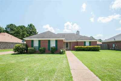 Byram Single Family Home For Sale: 450 Azalea Cv