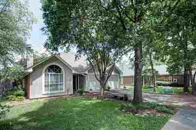 Madison County Single Family Home Contingent/Pending: 318 Cobblestone Dr