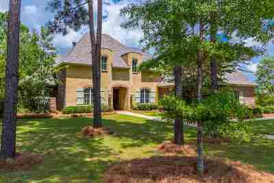Madison Single Family Home For Sale: 305 Lake Village Dr