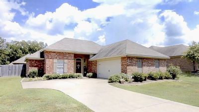 Flowood Single Family Home Contingent/Pending: 155 Britton Cir