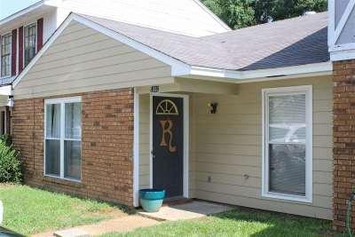 Clinton Townhouse For Sale: 105 Eager St #C