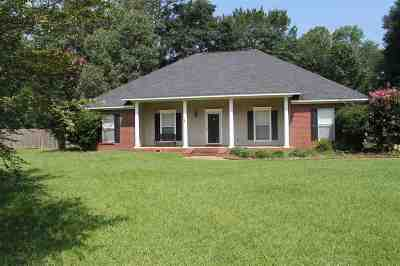 Jackson Single Family Home For Sale: 131 Cedar Cv