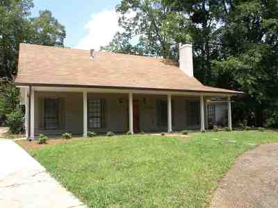 Hinds County Single Family Home For Sale: 709 Parker Dr
