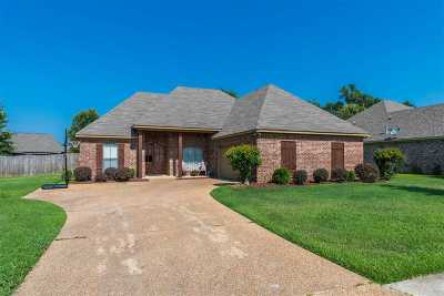 Madison County Single Family Home Contingent/Pending: 107 Creekside Dr