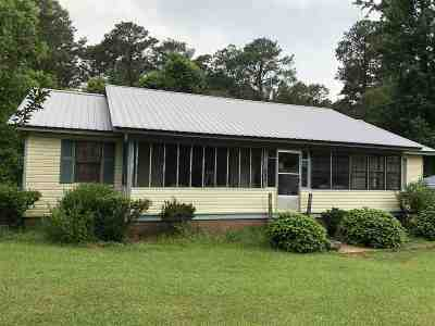 Scott County Single Family Home For Sale: 1430 Smith Rd