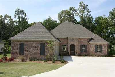 Madison County Single Family Home For Sale: 108 Wingspan Way