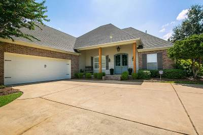 Madison Single Family Home For Sale: 503 Lincoln Cv