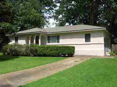 Clinton Single Family Home For Sale: 216 McRee Dr