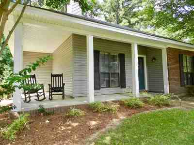 Madison Single Family Home Contingent/Pending: 657 Twin Harbor Pl