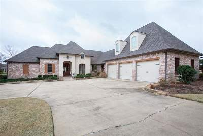 Madison Single Family Home For Sale: 137 Glenwood Bend