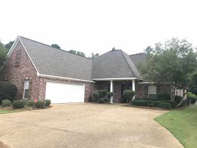 Rankin County Single Family Home For Sale: 306 Lacoste Ct