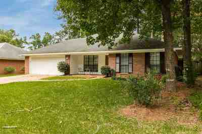 Madison Single Family Home Contingent/Pending: 622 Twin Harbor Pl