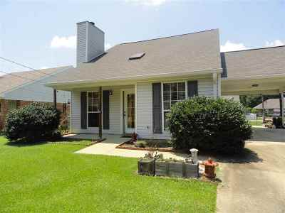 Rankin County Single Family Home Contingent/Pending: 512 Flynn Ct