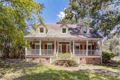 Clinton Single Family Home Contingent/Pending: 213 Longwood Dr