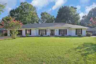 Brandon Single Family Home For Sale: 324 Mill Creek Dr