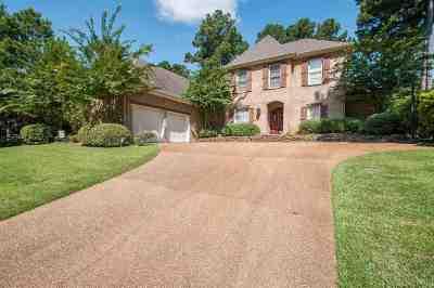 Madison Single Family Home For Sale: 400 Kingsbridge Dr