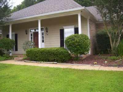 Brandon Single Family Home For Sale: 516 Eastside Cv