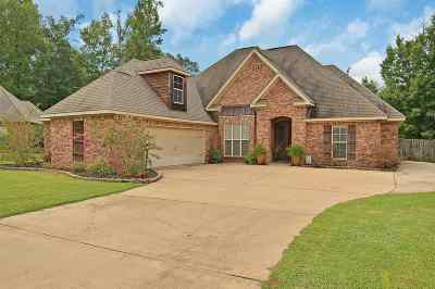 Clinton Single Family Home Contingent/Pending: 140 Glen Auburn Dr