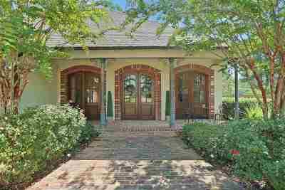 Brandon Single Family Home For Sale: 151 Woodlands Glen Cir