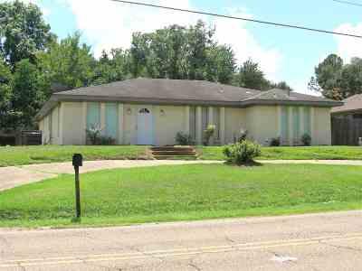 Clinton Single Family Home For Sale: 602 Clinton Blvd