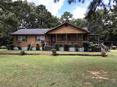 Simpson County Single Family Home For Sale: 250 Lewis Rd South