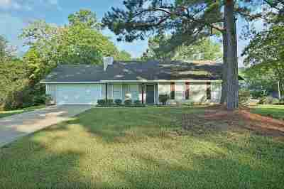 Byram Single Family Home Contingent/Pending: 105 Lake Dockery Dr