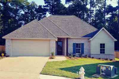 Brandon Single Family Home For Sale: 105 Hidden Hills Cir