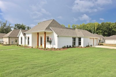 Madison Single Family Home For Sale: 117 Dixon Run