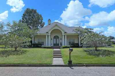 Rankin County Single Family Home Contingent/Pending: 138 Parkside Dr
