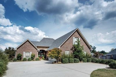 Madison County Single Family Home For Sale: 106 Greer Ct
