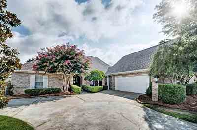 Single Family Home For Sale: 134 Cypress Lake Blvd