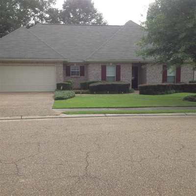 Madison County Single Family Home For Sale: 117 Channing Cir